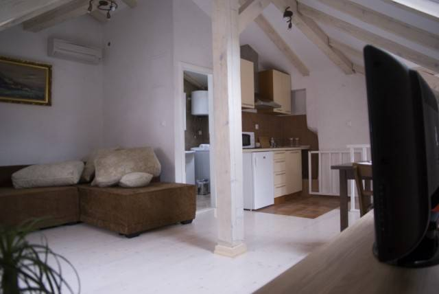 Apartment Studio Kate, Dubrovnik, Croatia, best hotels for visiting and vacationing in Dubrovnik